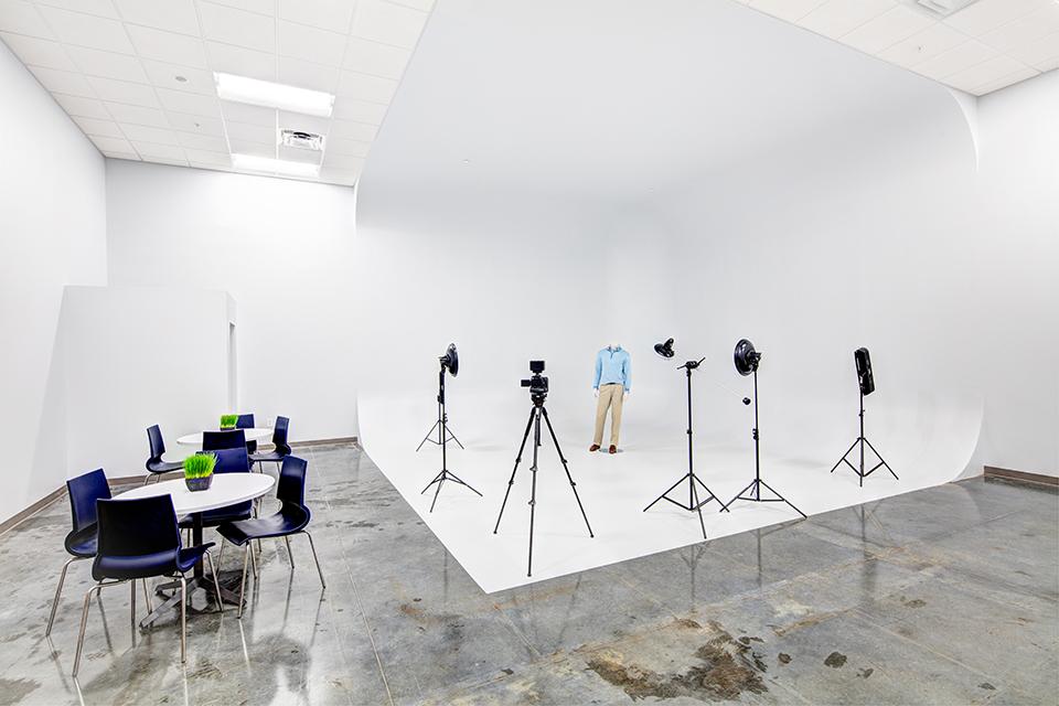 Studio-144